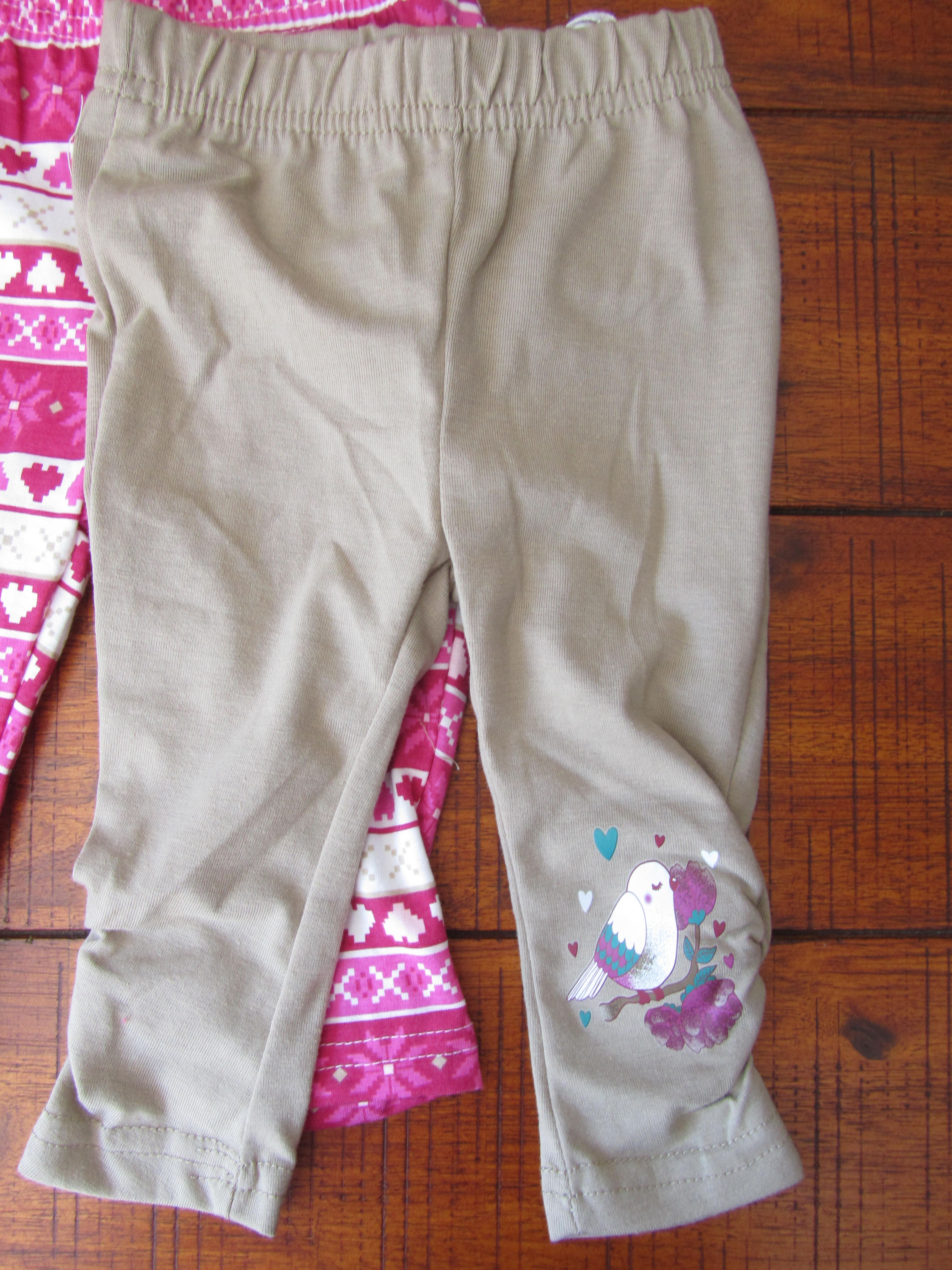 431cb4d0bd66 I love Ackermans for baby clothes (in fact all their clothes are great).  They sell multi packs of t-shirts and leggings and I got two sets that mix  and ...